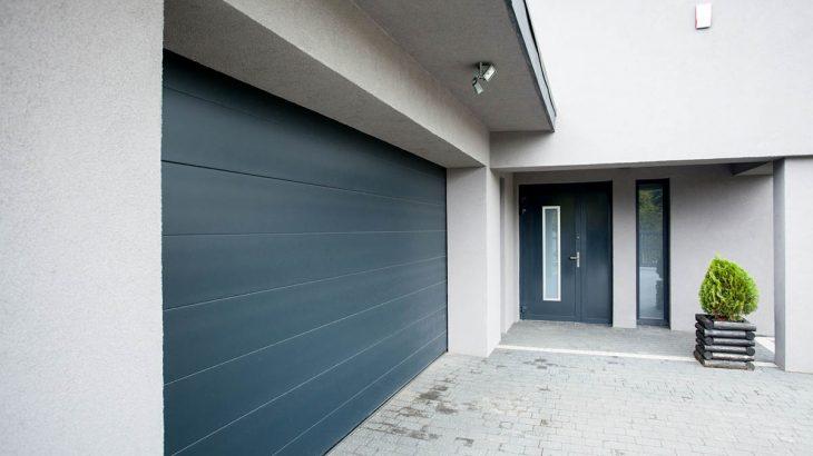 Sposób na szczelny garaż: uszczelka do bramy garażowej